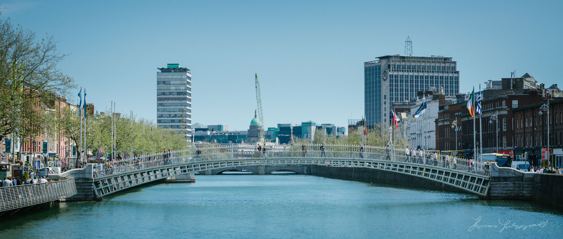 Beautiful day on the liffey