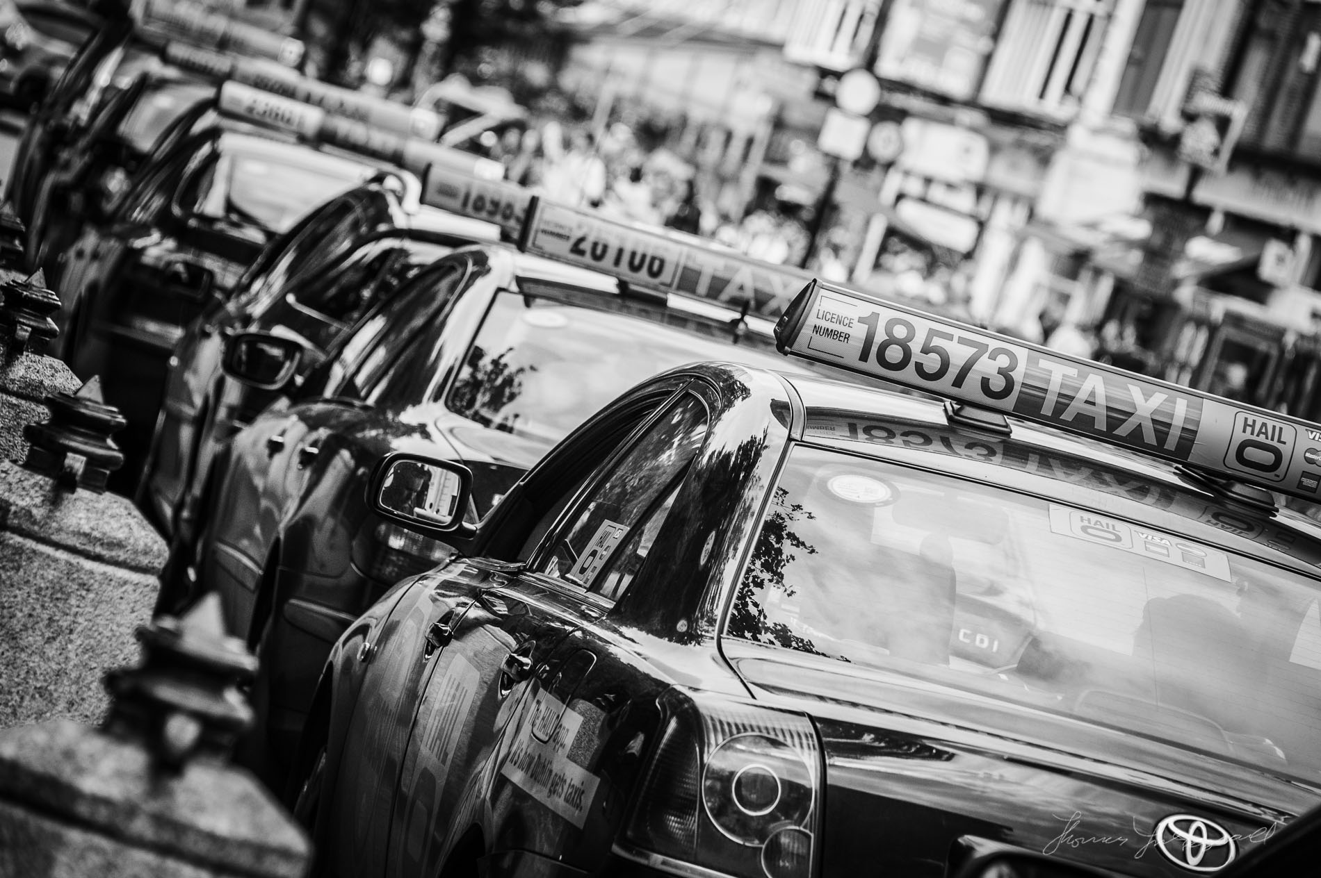 Photo of the Day: Taxi Rank at Stephen's Green — Thomas