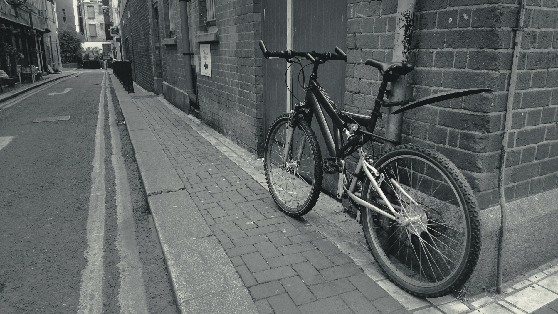 Bike on the Corner with Nokia Lumia 920