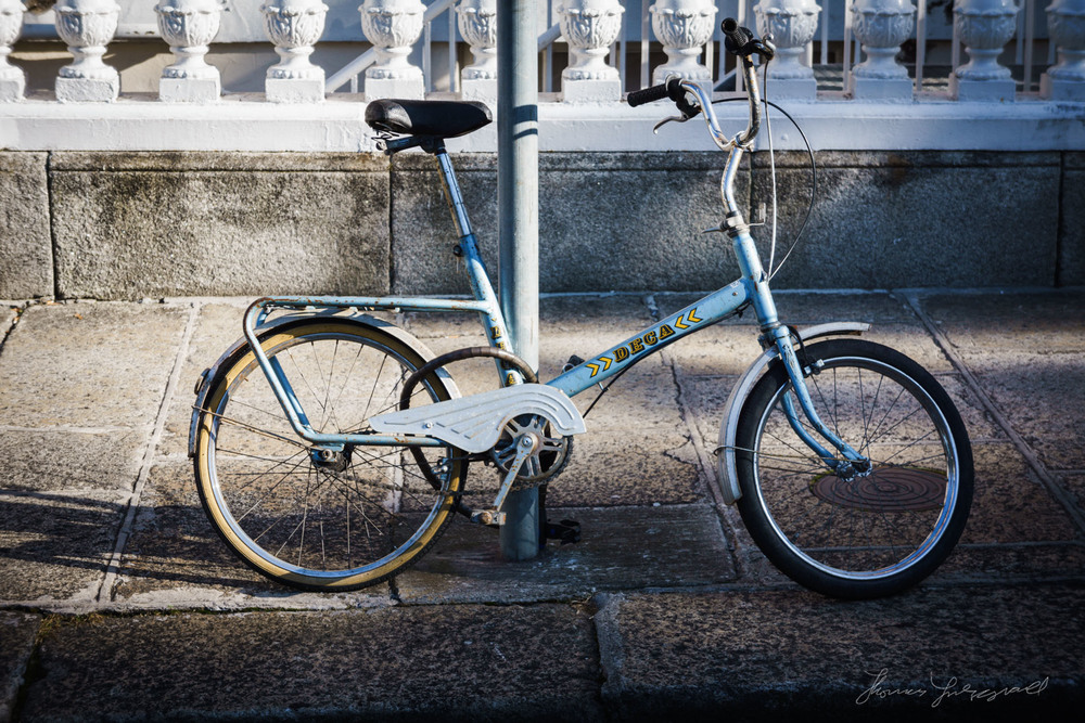Photograph of beautiful old Blue Bicycle in Dublin