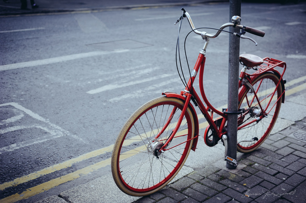 Photo of beautiful red bike in Dublin City