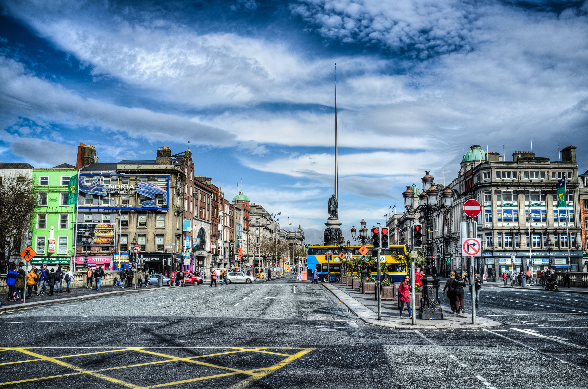 O'Connell Bridge in Dublin - HDR shot with X100