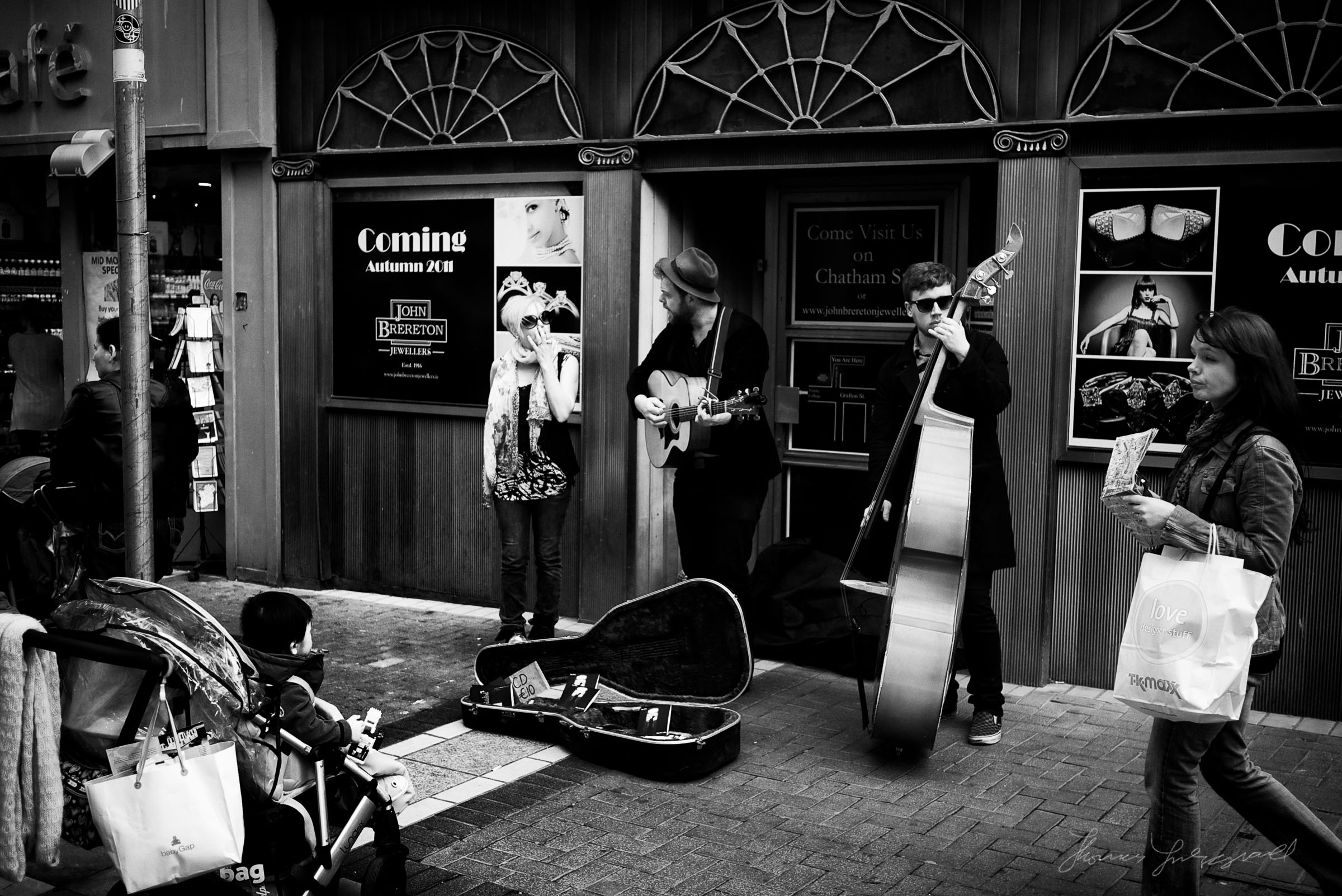 Listening to the Band! on Grafton Street. 2011
