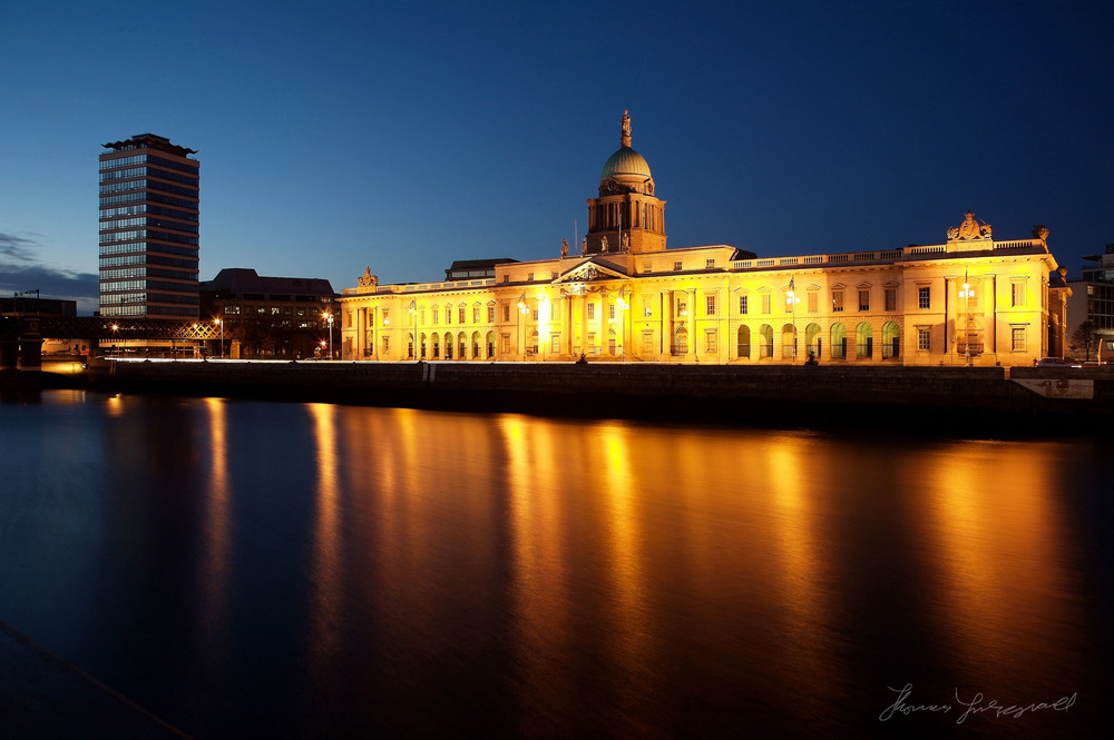 Dublin's famous Custom House, At Night, Taken with the 5D Mark 1
