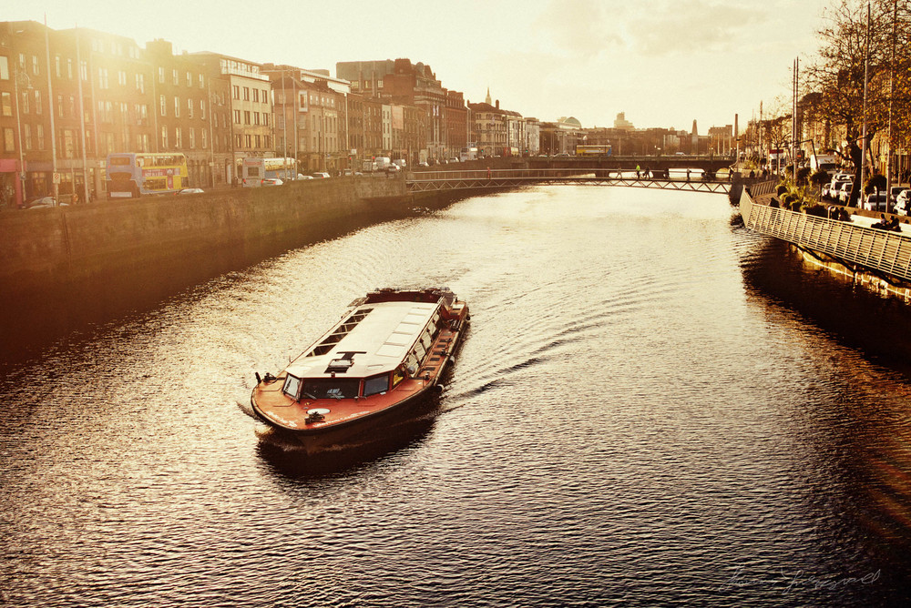 Tourist boat on the river Liffey