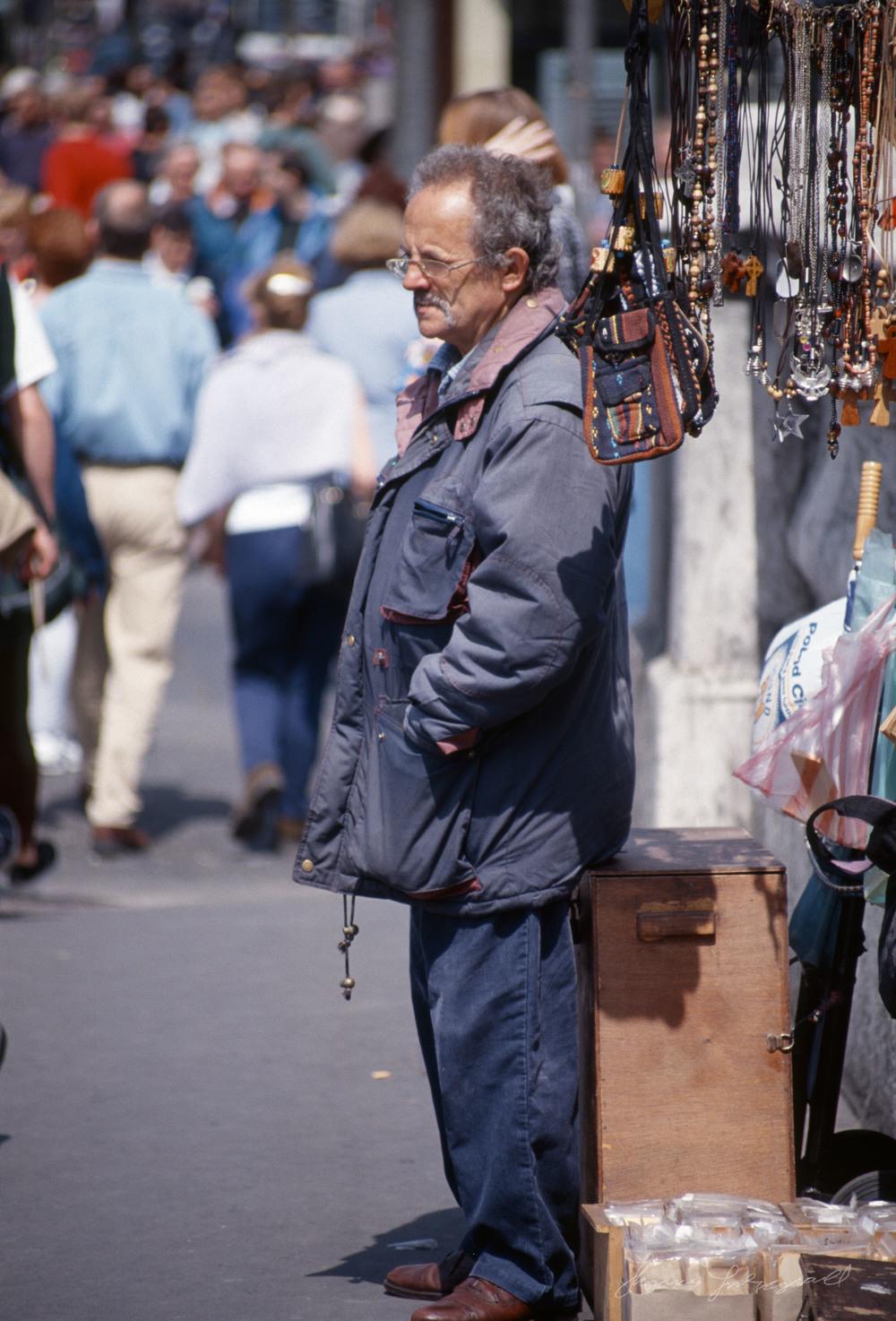 Street-vendor.jpg