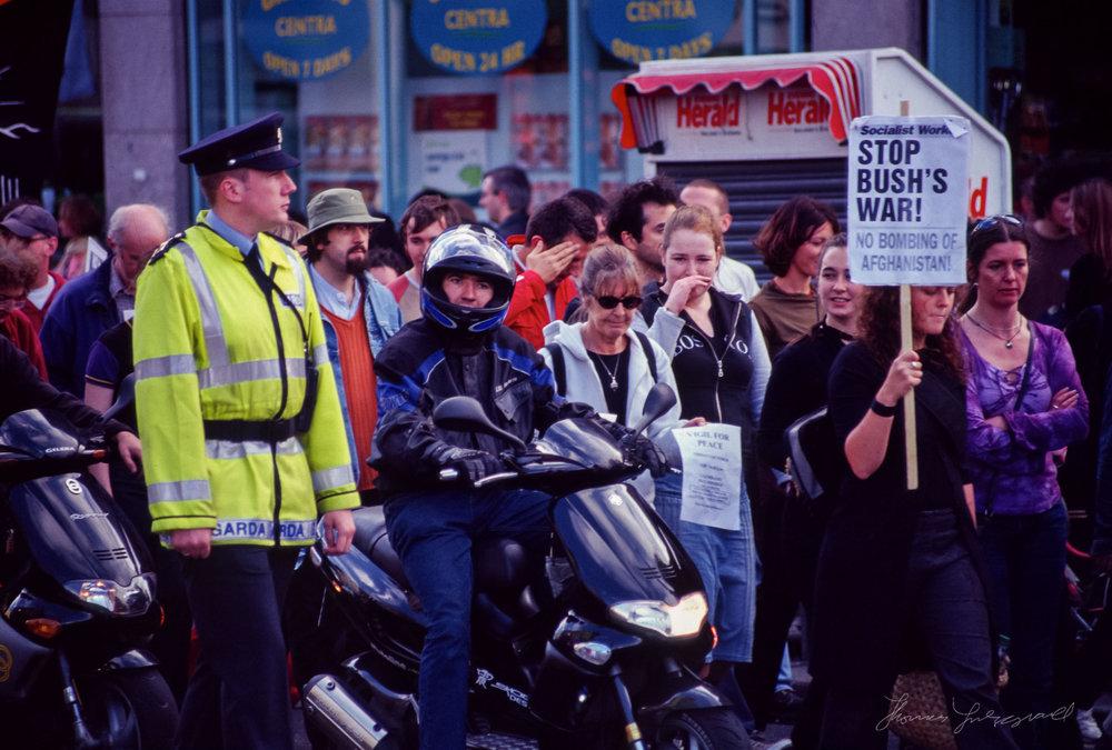 war-protest1.jpg