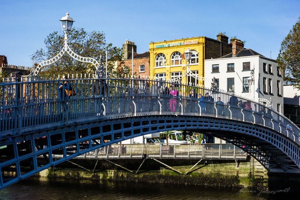 Sony RX100 Sample - Dublin's HaPenny bridge