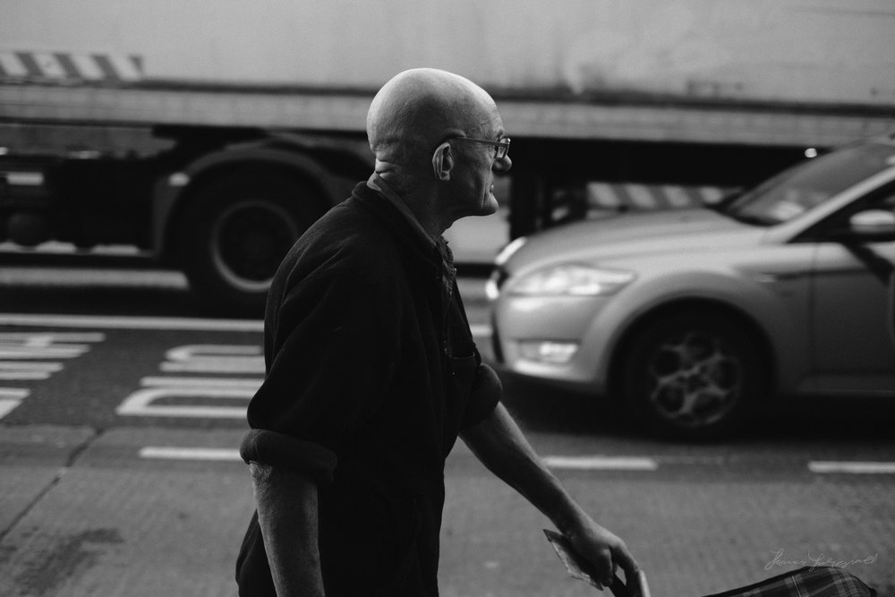 Street-Photography-Dublin-X-Pro2-Acros-002.jpg