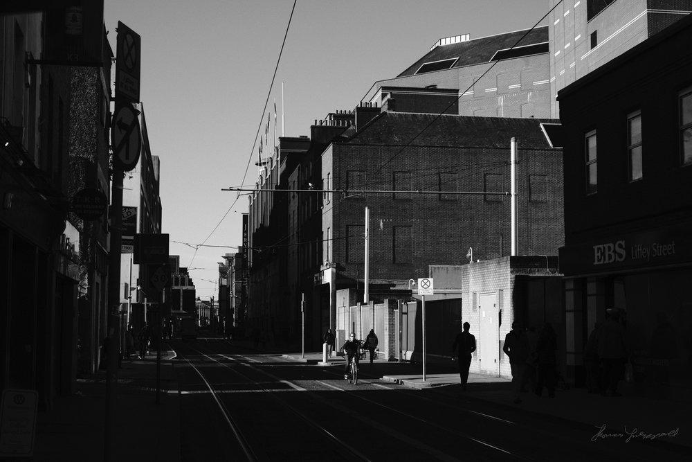 Street-Photography-Dublin-X-Pro2-Acros-007.jpg