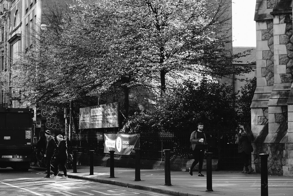 Street-Photography-Dublin-X-Pro2-Acros-024.jpg