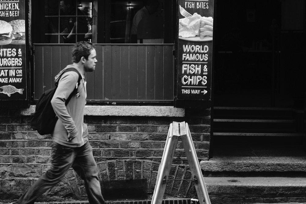 Street-Photography-Dublin-X-Pro2-Acros-036.jpg