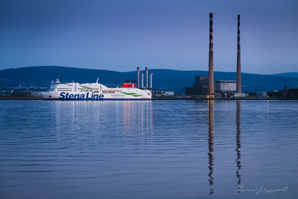 Stena Ferry leavimg Port