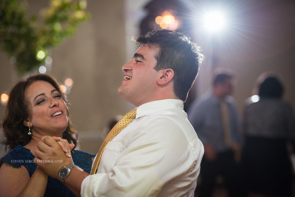 Scranton-wedding-photographer-fiorellis-steven-serge-67.jpg