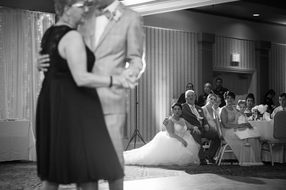 scranton-wedding-photographers-photojournalism-portraits-steven-serge-nepa-poconos-philadelphia-59.jpg