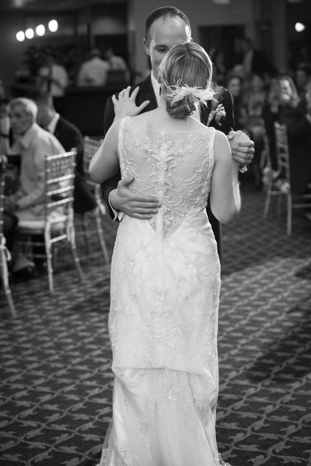 first-dance-Scranton-clarks-summit-wedding-glen-oaks-contry-club-wedding-photographer-steven-serge-2.jpg