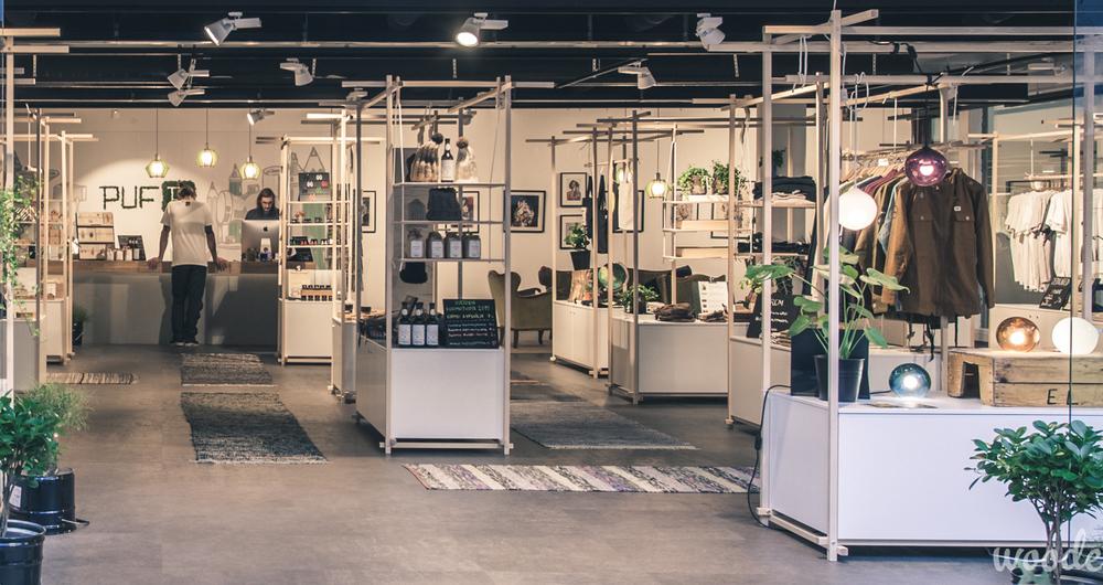 Designtori PUFin myymäläkalusteet suunniteltiin muunneltaviksi ja kojumaisiksi. Materiaaliksi valittiin suomalainen koivu.