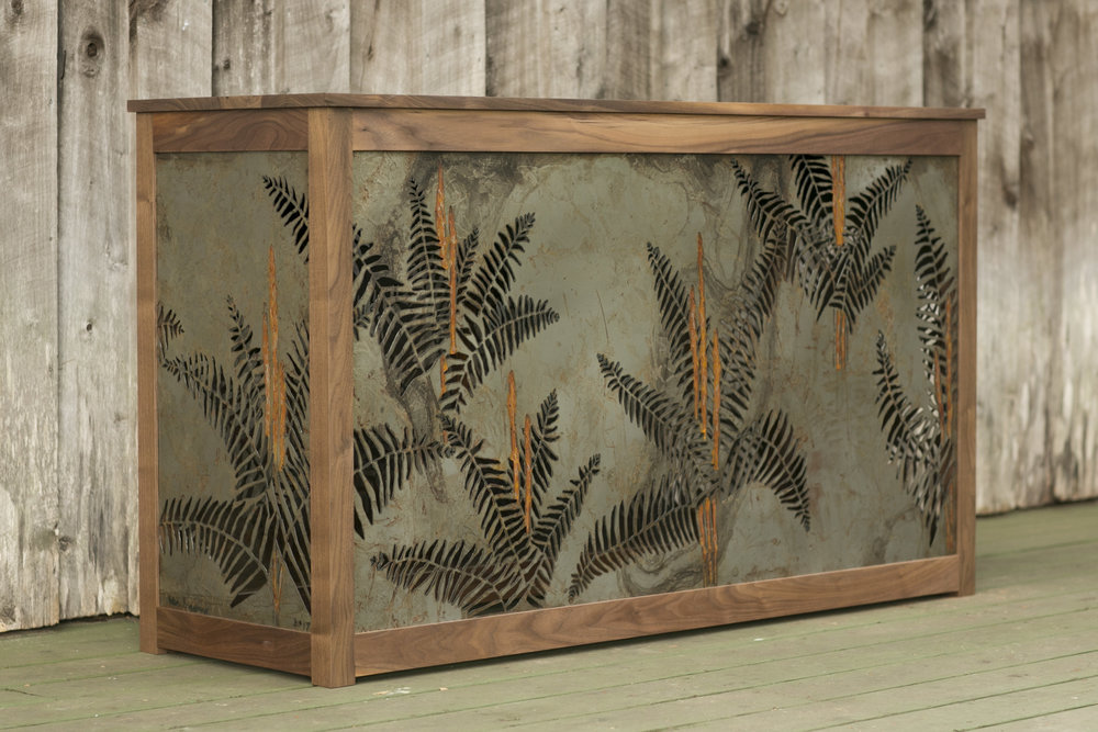 cinnamon fern tv console