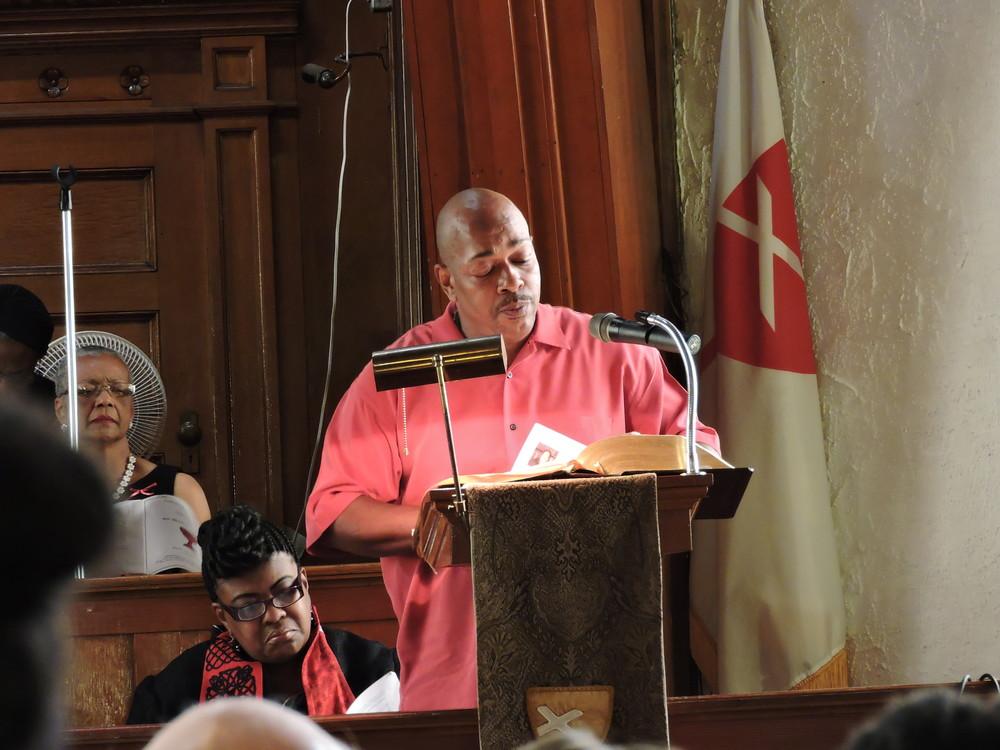 Deacon Clint Potts of Centennial Christian Church