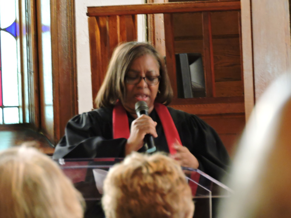 Rhonda's friend and ministerial colleague Rev. Dianne Patterson