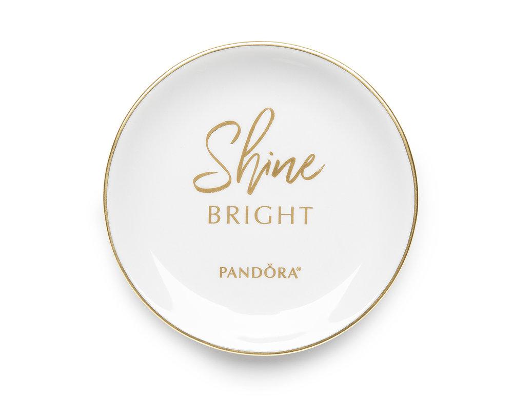 Pandora_RingDish_ShineBright0589_v1CVPWeb.jpg