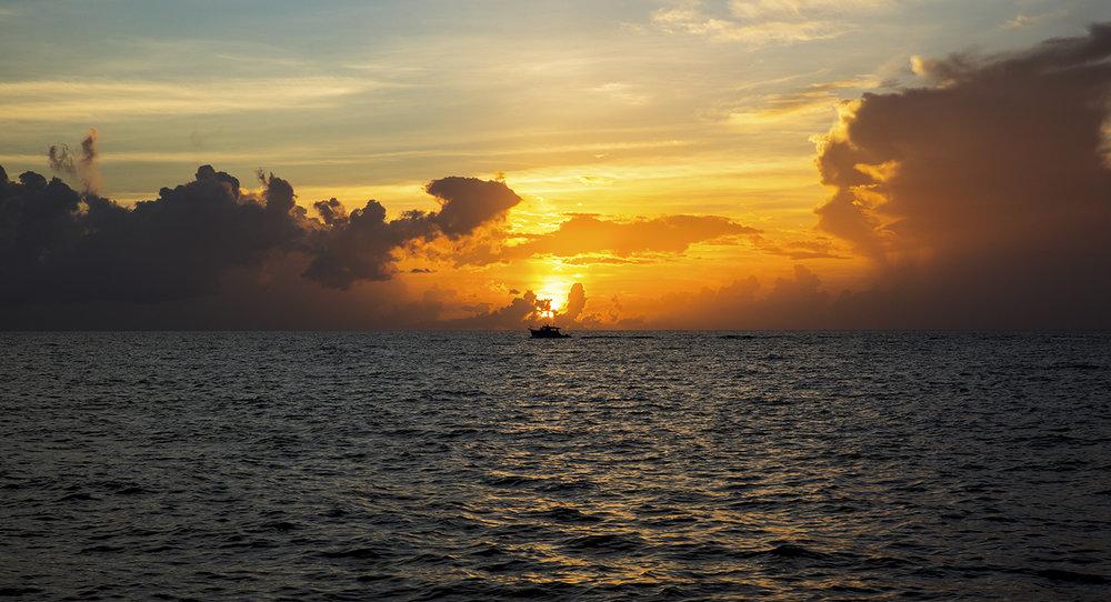 Sunrise_Boat_SouthBeach.jpg
