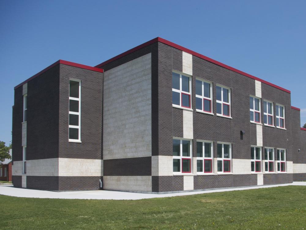 École Viscount Alexander