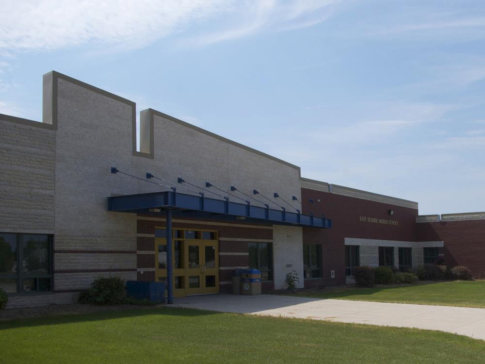 East Selkirk Middle School