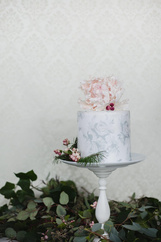 cake by nicole