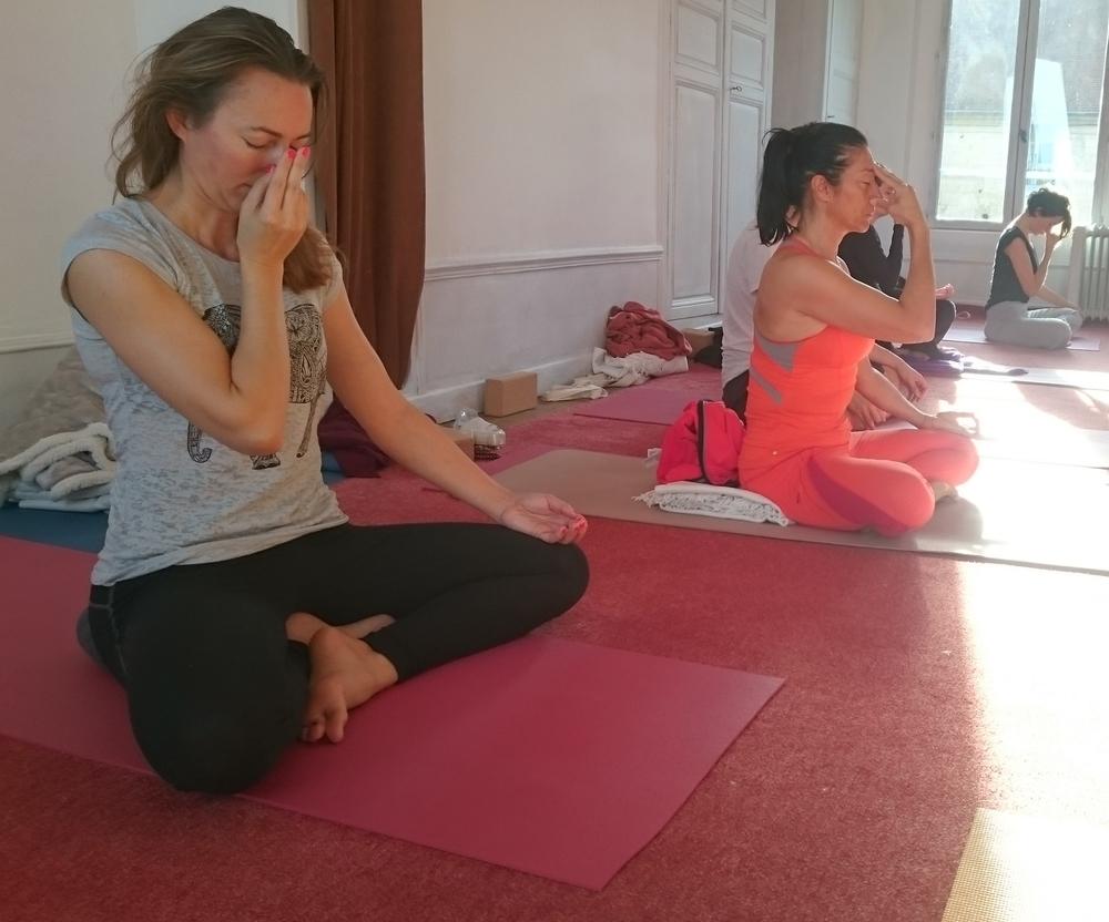 Nadi shodana pranayama, la respiration alternée