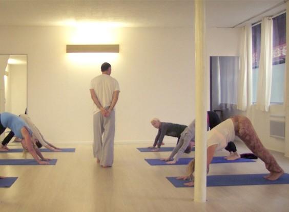 meditation-entreprise-travail-yoga.jpg