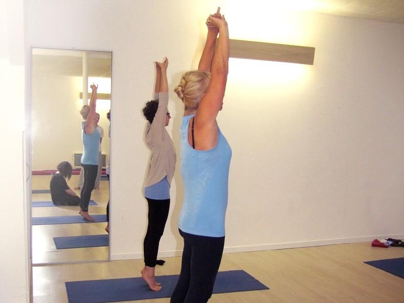 yoga-hatha-meditation-paris-travail.jpg