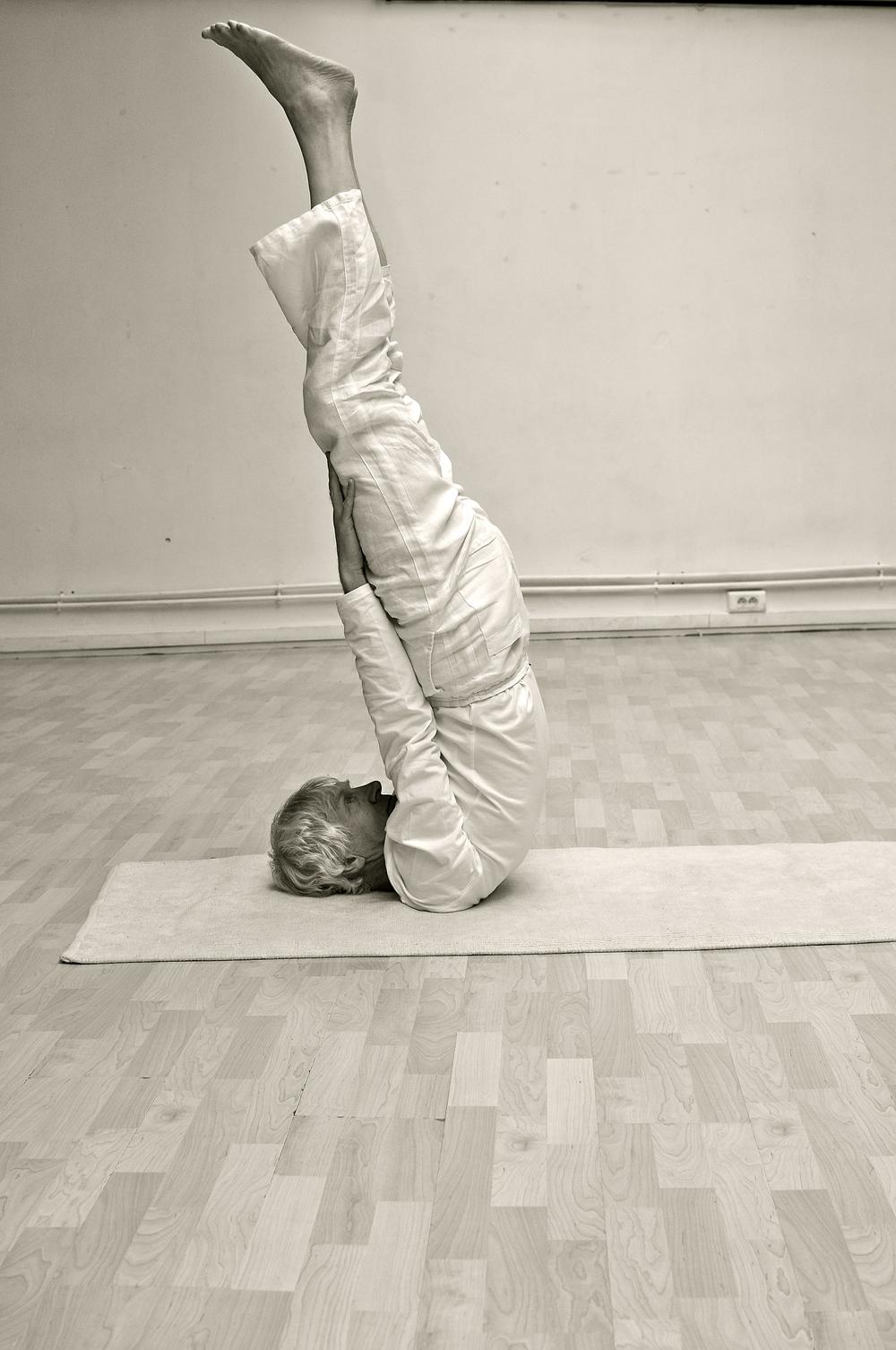 sarvangasana-yoga-cachemire-pratique.jpg