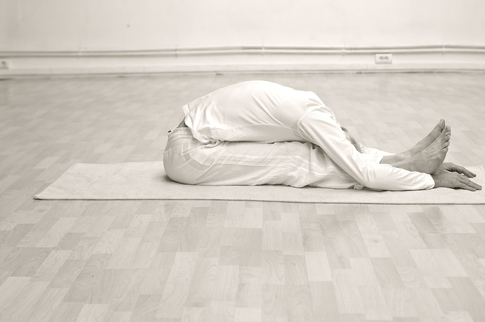 paschimottanasana-posture-yoga-paris.jpg