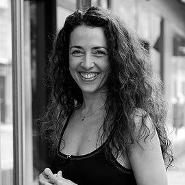 Lili Gonçalves