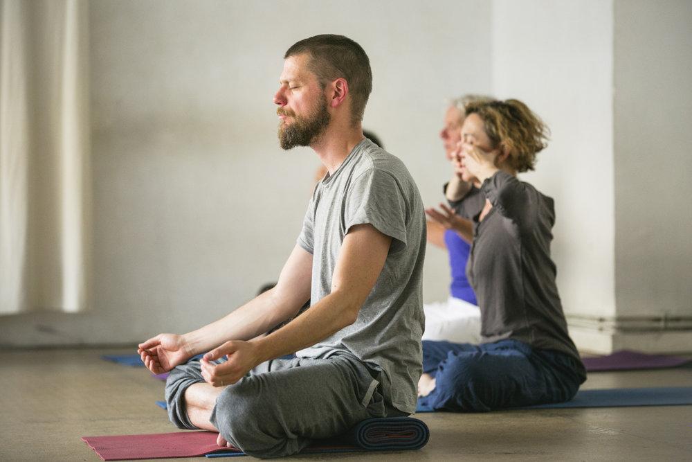 yoga-11eme-arrondissement-bastille.jpg