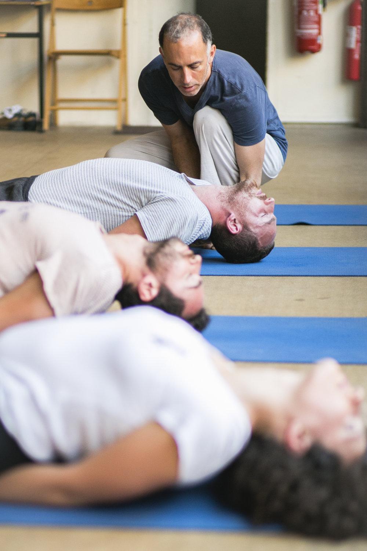 hatha-cachemire-yoga-paris.jpg