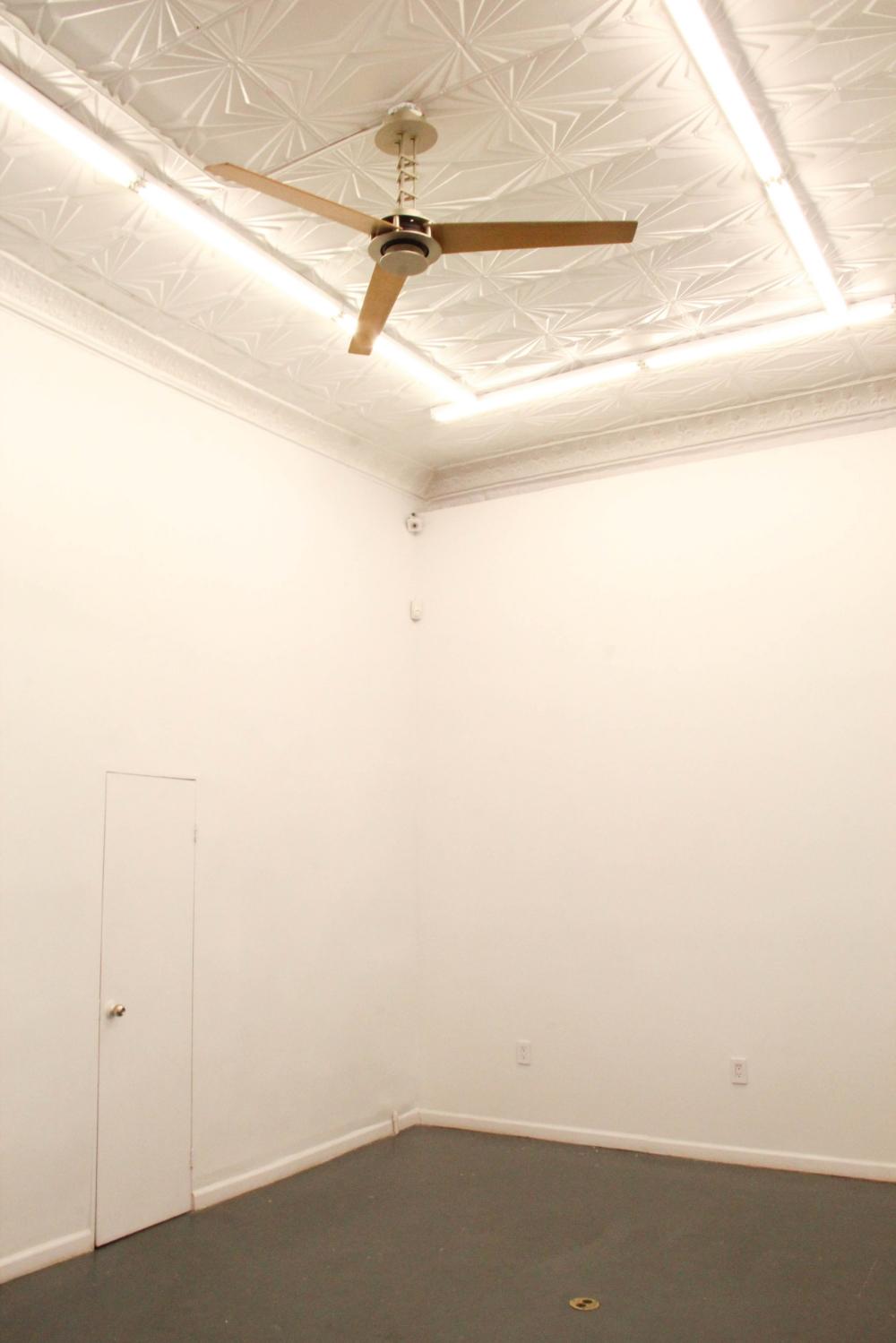 elizabeth st nolita pop up gallery interior