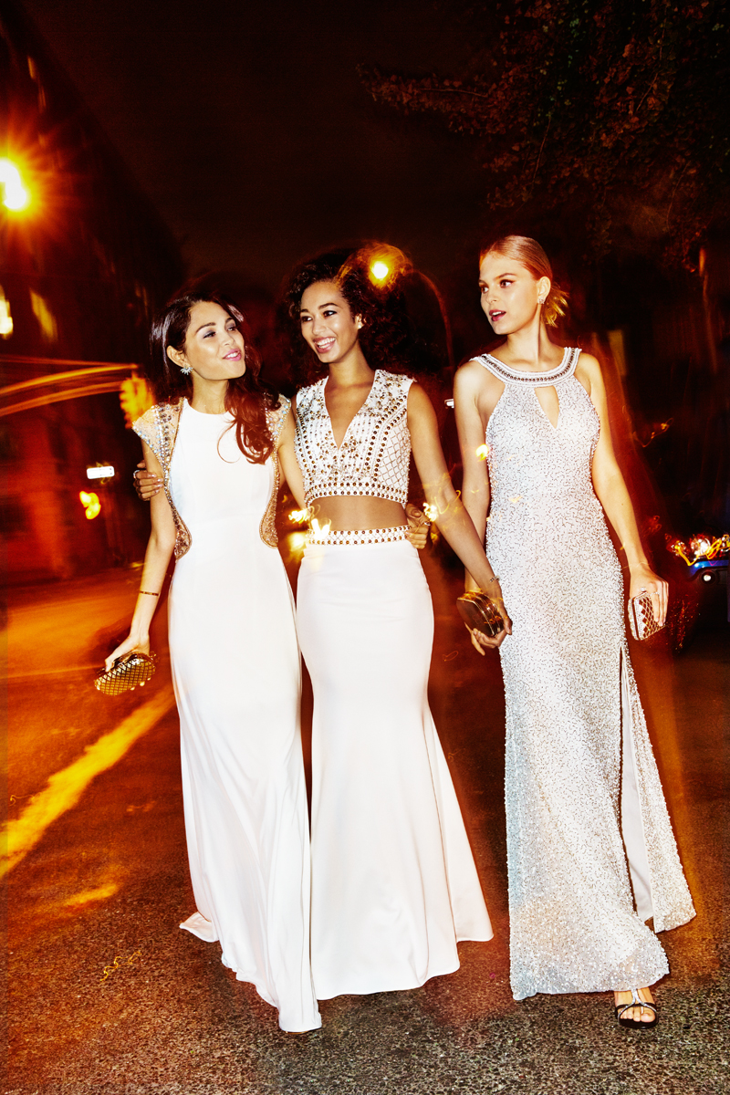 Skye, Kate and Dakota for Seventeen Prom