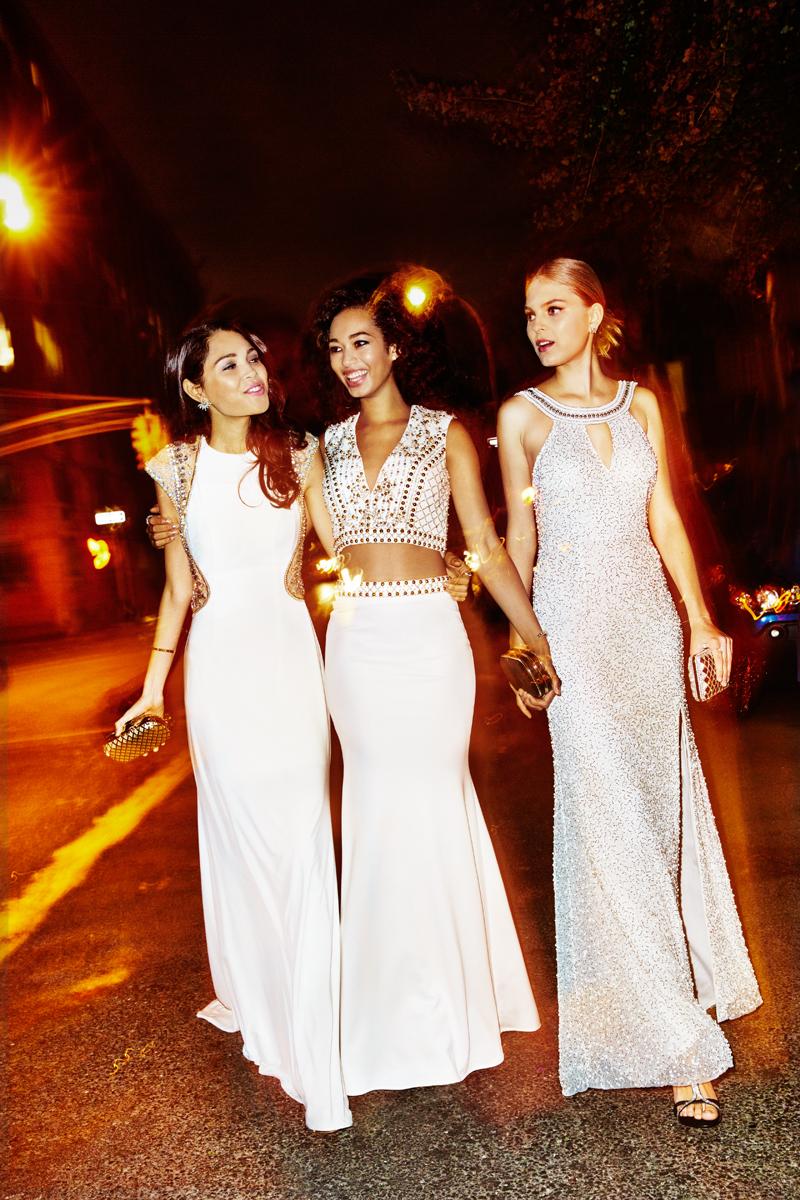 Skye, Kate and Dakota for Seventeen Prom