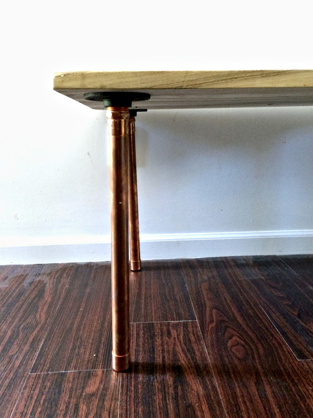 How to make a sofa table out of floor boards - If You Have A Place For Salvaged Wood It Will Help If They Are Able To Cut The Boards Square The Boards Plane The Boards And Run Them Through A Jointer