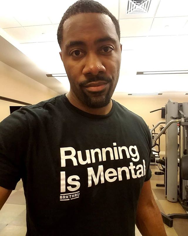 #rp @mr_buildwealth ・・・ Been up since 3:30a...went through a few times zones and still found enough juice to get in a workout #BRKTHRU #BUILDWEALTH #running