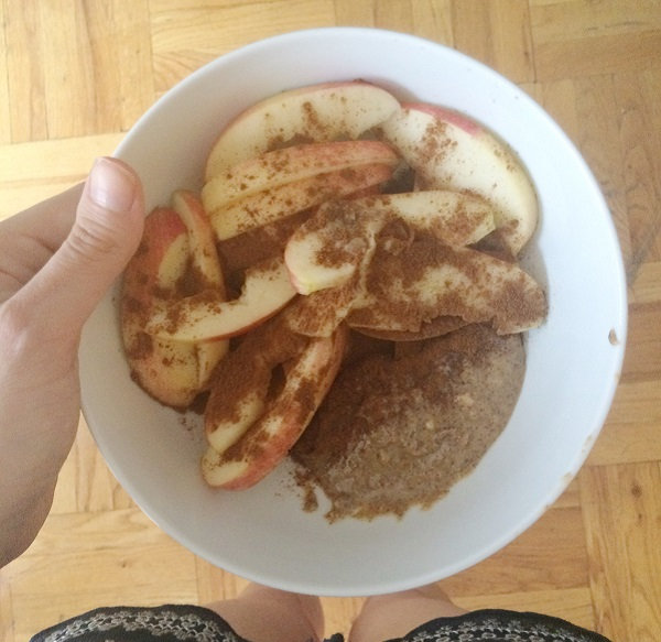 Mini Meal 1 Sliced Apple With Cinnamon And Almond Butter 1115 A M There Are Four Suggestions For Each Mini Meal See Meal Plan Here And This One Was An