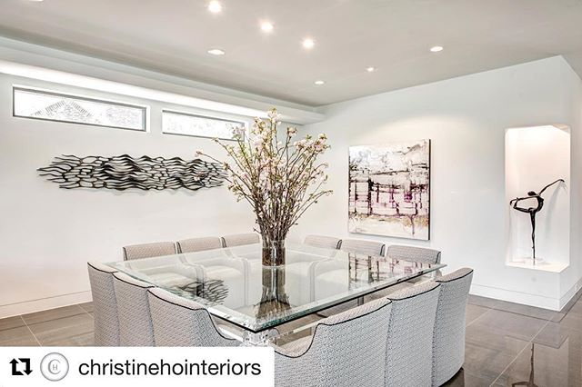 Feeling inspired by @christinehointeriors featuring sculptor Caprice Pierucci and painter Nicola Parente #Repost ・・・ Pussy willows season is here!!! They grow up to 20' tall, so is perfect for those high ceilings and I love the romantic vibe it exudes.