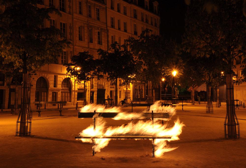 La-révolution-parisienne---Le-banc-BD.jpg