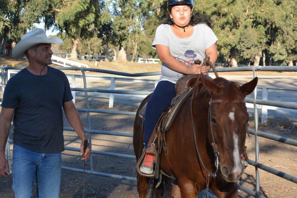 galilea riding 4.JPG