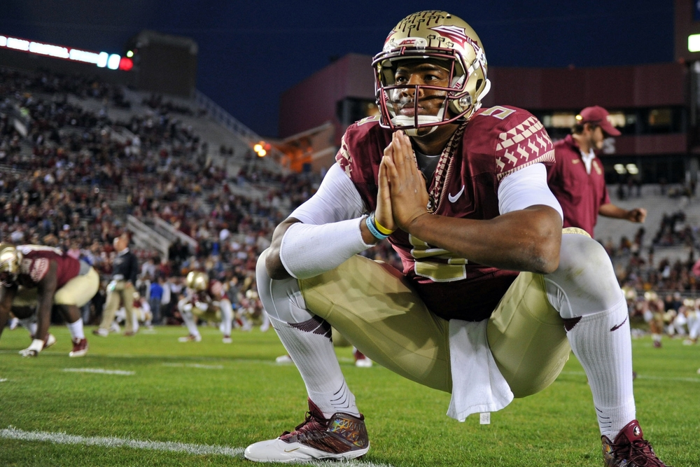 EXCLUSIVE: Jameis Winston takes dookie on FSU field while praying to a probably non-Christian god! COMMENCE THE NCAA INVESTIGATION!