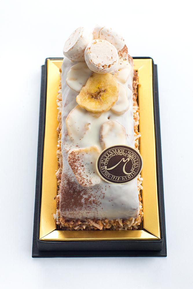 ケーク バナーヌ シトロン 完熟バナナを丸ごと使用したパウンドケーキ。レモンの香りがアクセント。