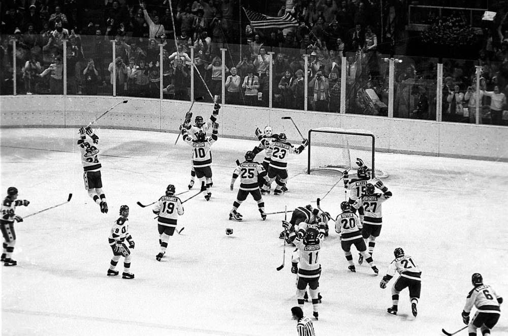 us-hockey-team-soviet-union-olympics-1980-lake-placid 2.jpg