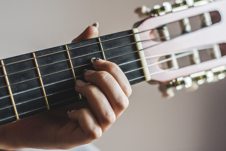 guitar-2722618_1920.jpg